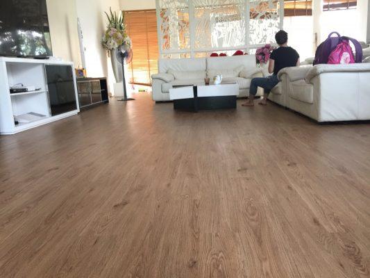 Công trình sàn nhưa biệt thự CIPUTRA 8