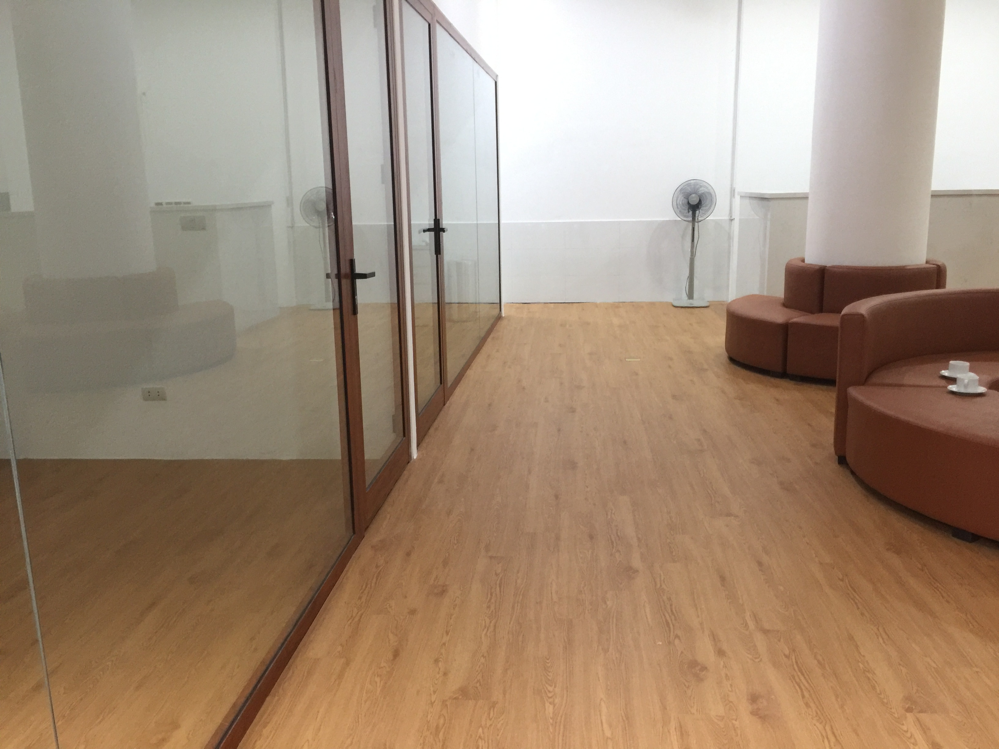 Công trình sàn nhựa đã thi công | Phòng khám nha khoa