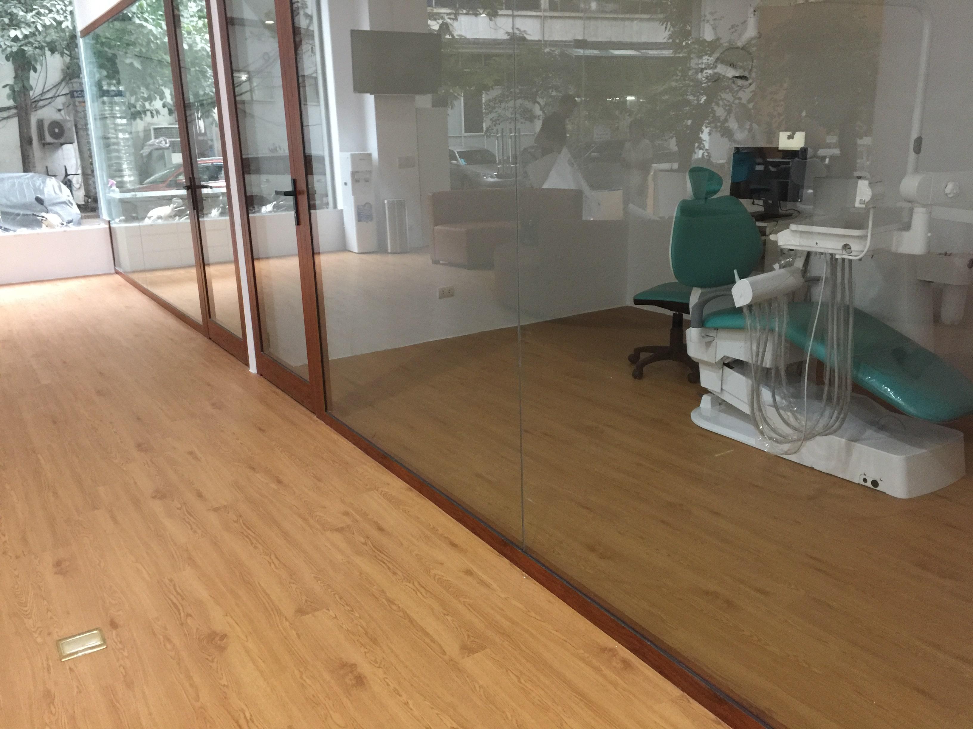 Công trình sàn nhựa | Phòng khám nha khoa 6
