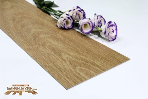 Sàn nhựa vân gỗ SP114-min