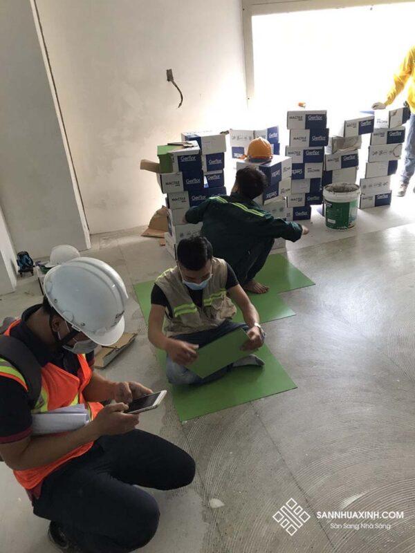 Thi công sàn vinyl chống tĩnh điện - Sàn Xinh